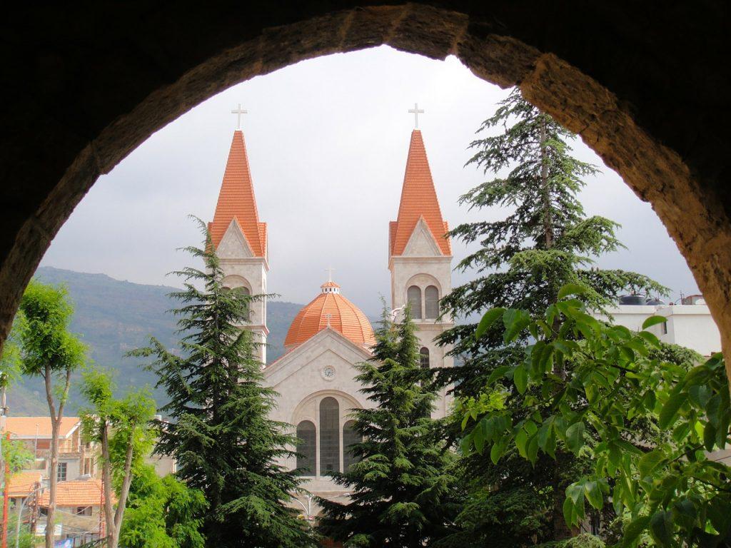 Bischarri im nördlichen Teil des Libanon-Gebirges, der Geburtsort des Poeten, Malers und Bildhauers Khalil Gibran