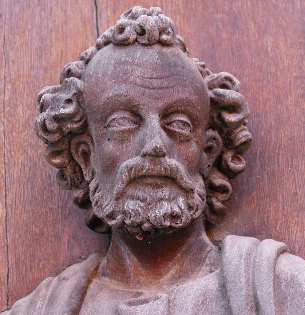 Bildnis des Petrus an einer Kirchentür in Wolfenbüttel