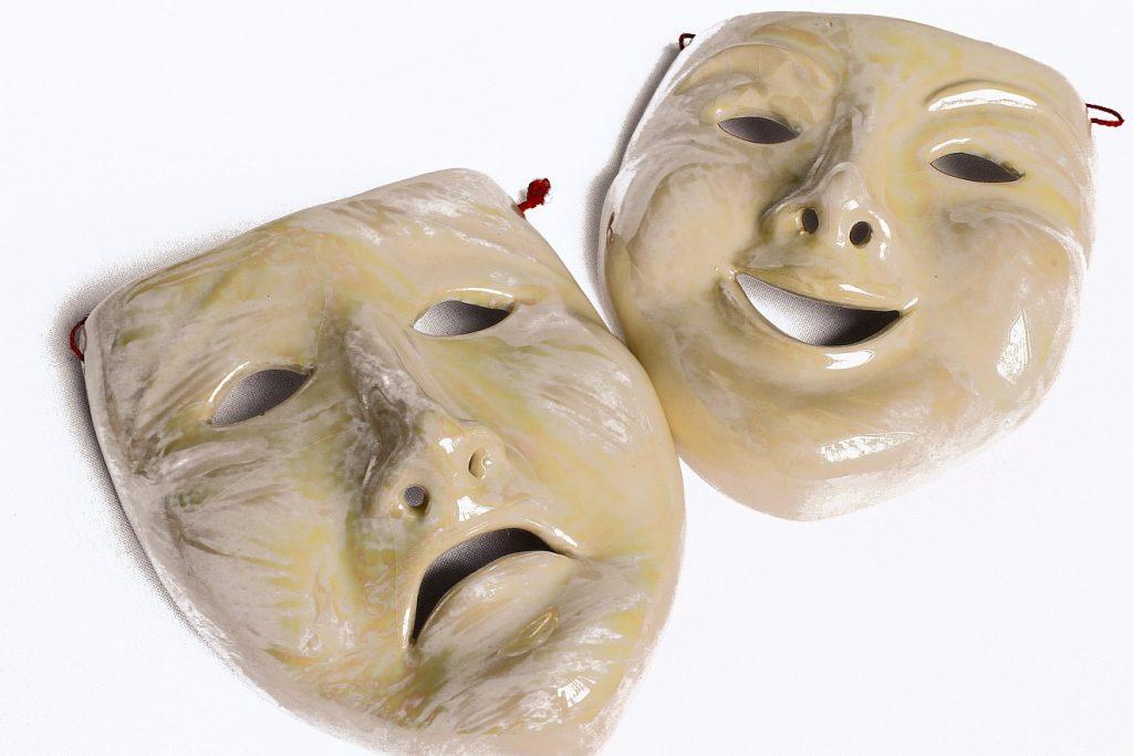 Himmelhochjauchzend - zu Tode betrübt: Zwei Masken - eine traurige und eine fröhliche