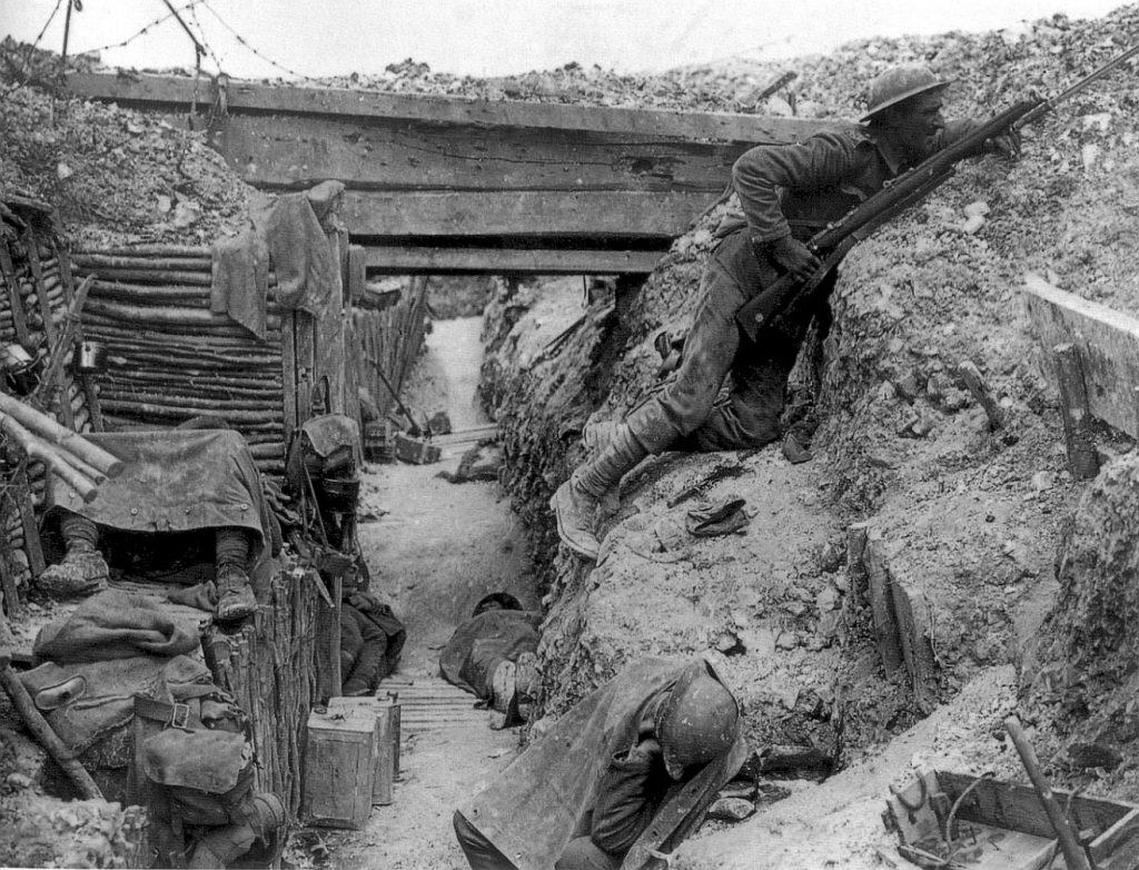 Heraufgeholt von den Toten: ein Bild aus dem Schützengraben im Krieg