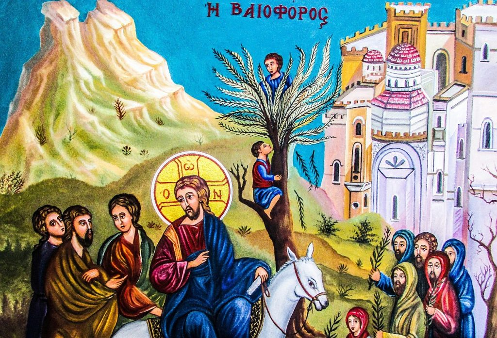 Jesus und der Steuereintreiber: Beim Einzug Jesu in Jerusalem klettern Männer auf Palmen