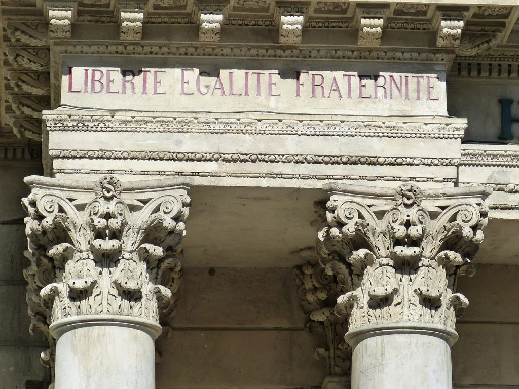 liberte-egalite-fraternite-avignon