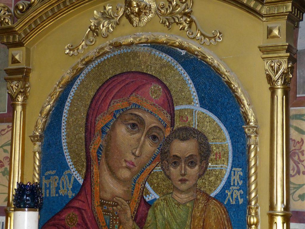 Russische Ikone der Mutter Maria mit ihrem Sohn Jesus