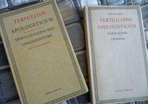 Buchcover von Tertullians Apologeticum mit deutscher Übersetzung und dem Kommentar von Carl Becker, Werden und Leistung