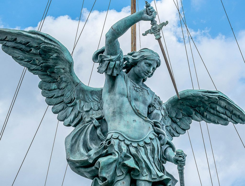 Engel mit Schwert