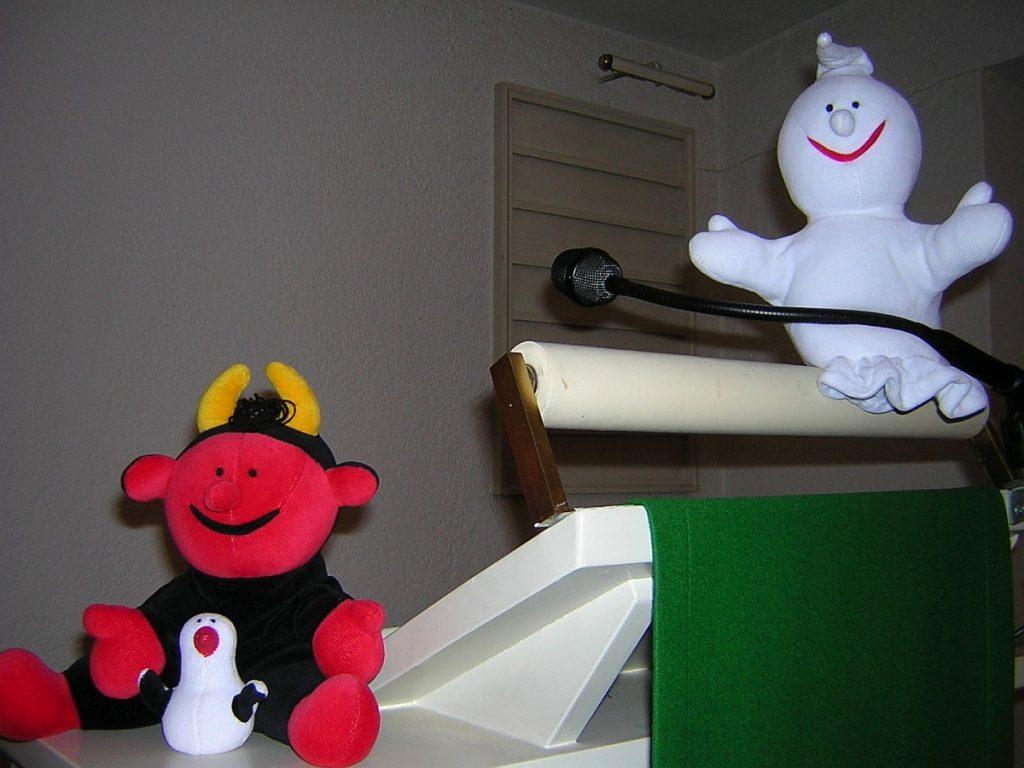 Lutz, Gabi und Fischli beim Spielzeug-Erntedankfest der Paulus-Kita-Kinder
