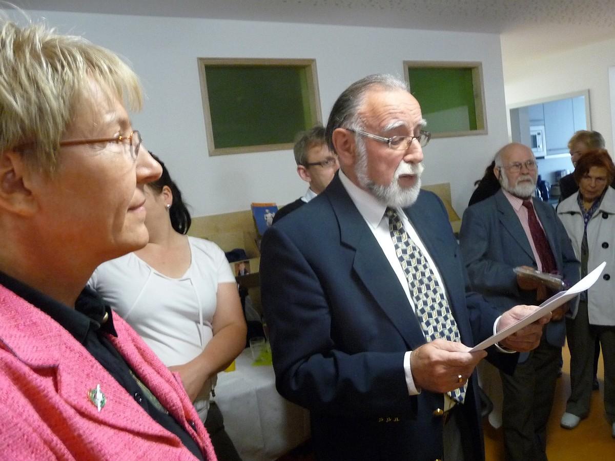 Beim Gemeindefest 2011 wird das Familienzentrum offiziell der Gemeinde vorgestellt