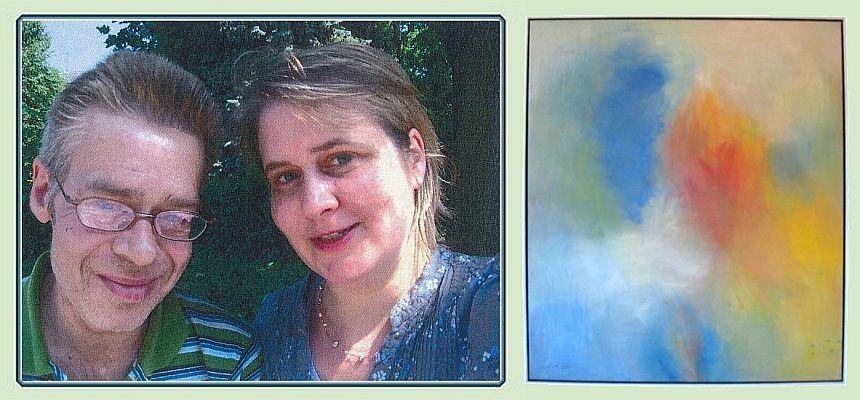 """Markus Bernard mit einer seiner Schwestern und dem von ihr gemalten Bild """"Transformation"""""""