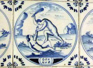 Kachel mit der Darstellung, wie Kain seinen Bruder Abel mit einer Keule erschlägt
