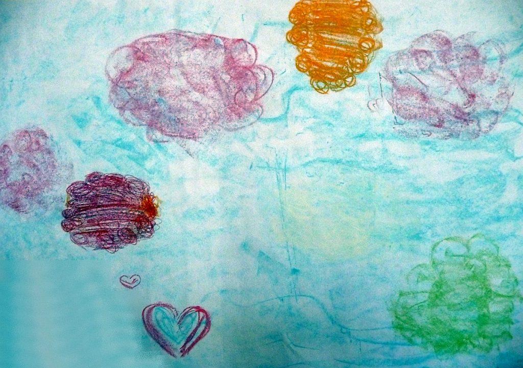 Mädchenbild von Wolken in verschiedenen Farben, wie im Text beschrieben