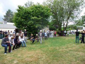 Das Publikum bei den Darbietungen im Freien
