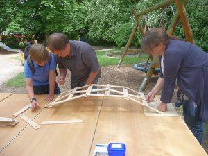 Vom Mathematikum war das Baumaterial zur Leonardo-Brücke ausgeliehen worden