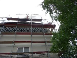 Aber erst im August 2013 wurde der Pauluskirchturm eingerüstet