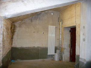 Aber nicht nur ganz oben, sondern auch ganz unten gab es Probleme mit dem 55 Jahre alten Beton