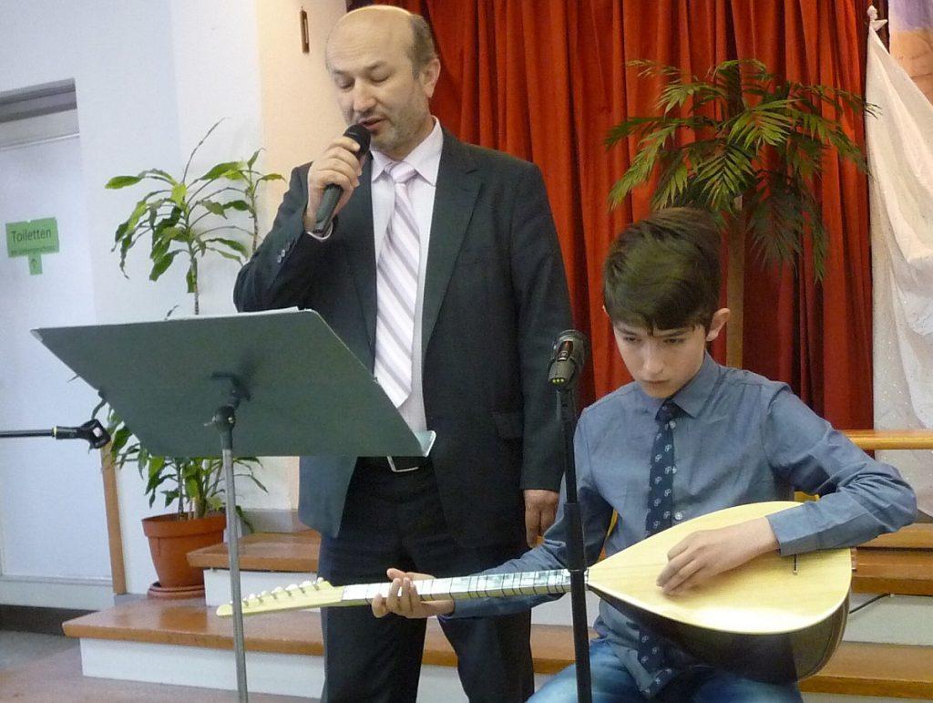 In dem Lied geht es um die Trauer Jakobs um seinen Sohn Josef