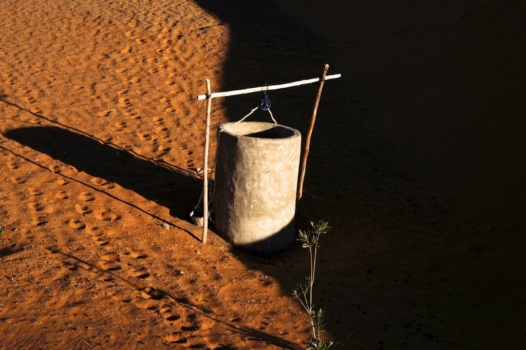 Ein Brunnen in der Wüste Sahara (Foto: pixabay.com)