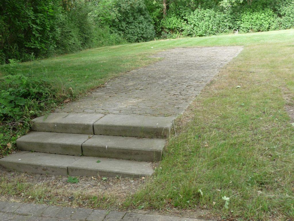 Eine Treppe, die scheinbar nirgendwo hin führt...