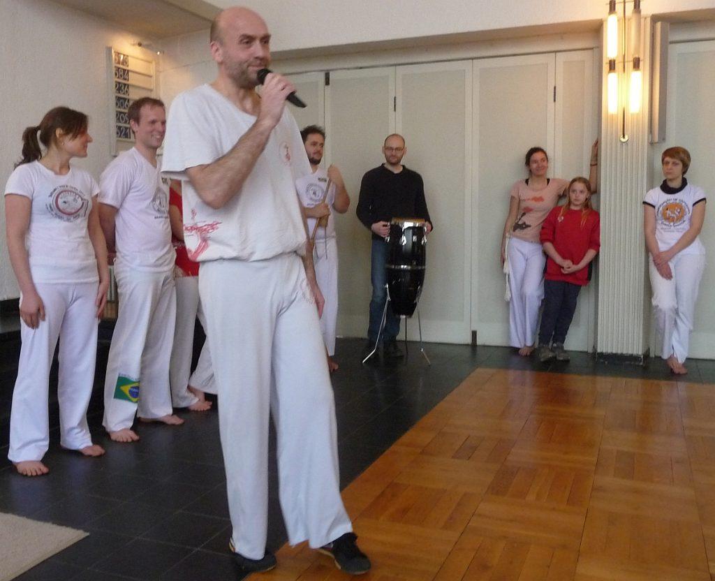 Rolf Weinreich erklärt, was ihm an Capoeira wertvoll ist