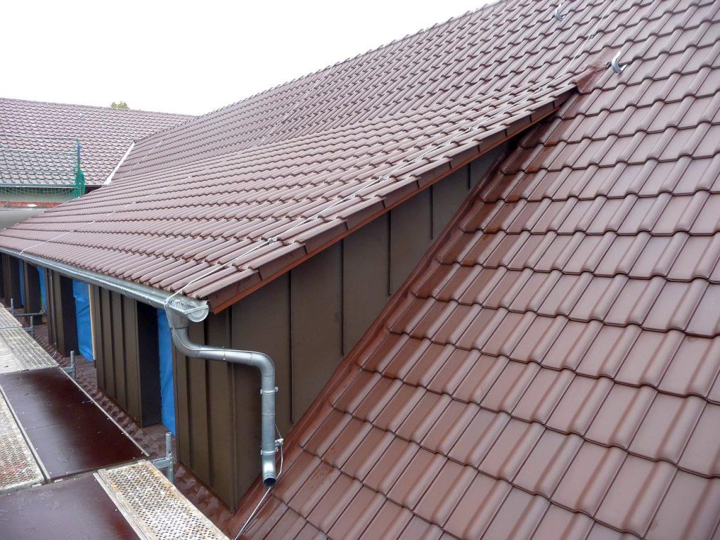 Das Dach des Gemeindezentrums - im September 2015 vom Bauausschuss abgenommen