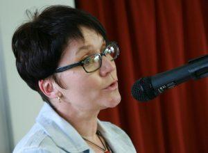 Iris Cölinski vom Kinder- und Familienzentrum schließt sich an