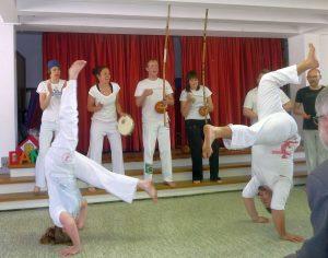 Auftritt der Capoeira-Gruppe der Paulusgemeinde