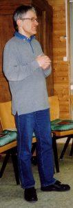Das Foto entstand im Jahr 2004 während eines ökumenischen Bibelabends im Holzraum der Evangelischen Paulusgemeinde Gießen.
