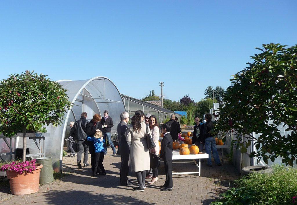 Zum dritten Mal: Interreligiöses Erntedankfest bei der Gärtnerei Koch in Gießen