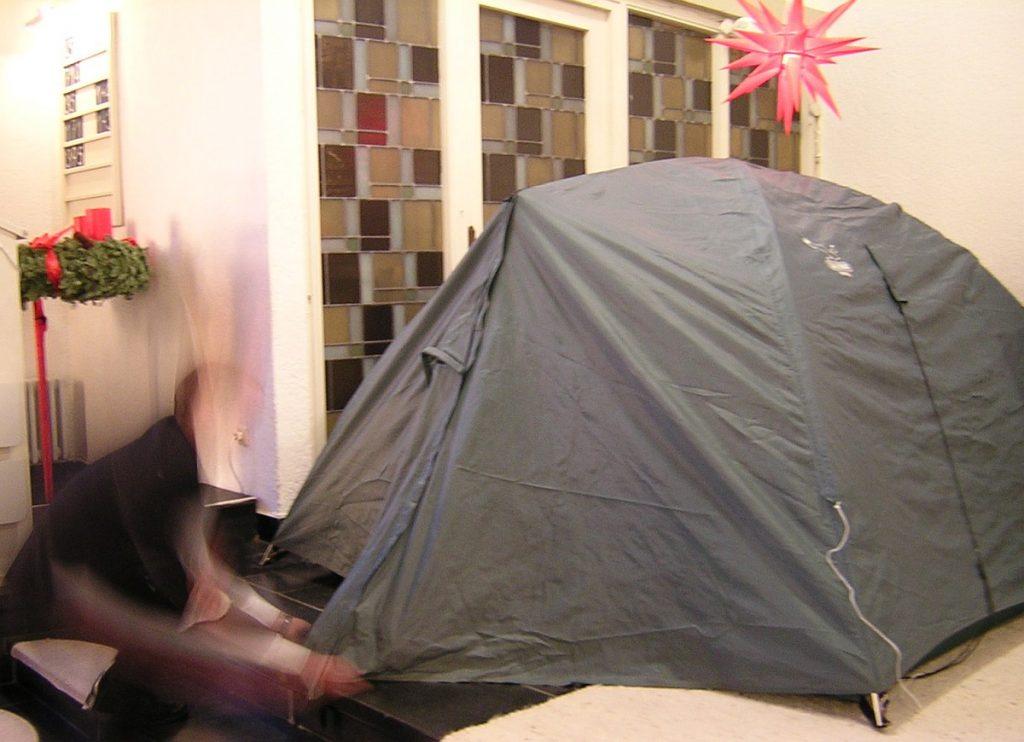 Ein Zelt wurde in der Pauluskirche aufgebaut