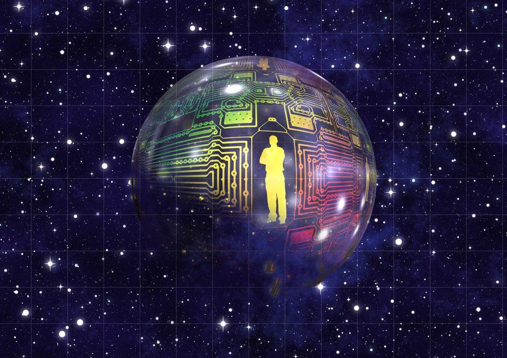 Ein Mensch auf einer Planetenkugel, auf der Verschaltungen wie auf einer Platine sichtbar sind und die im Universum schwebt