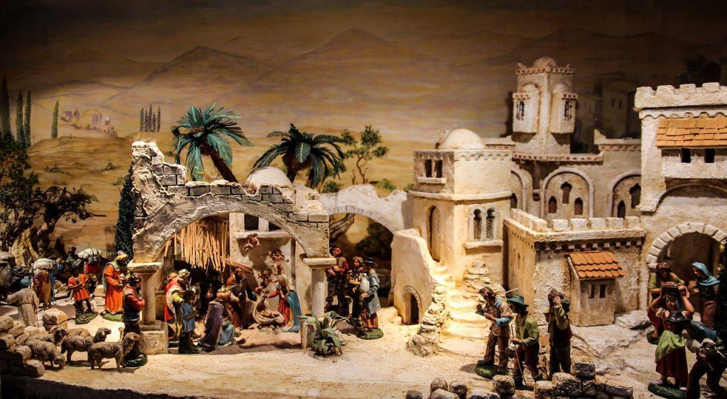 Weihnachtliche Szene in Bethlehem mit vielen Häusen und Landschaft im Hintergrund