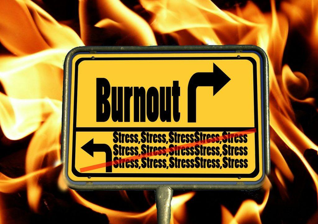 Ortsausgangsschild - vom überbordenden Stress hin zum Burnout?