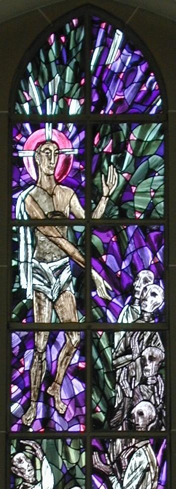 Christi Abstieg ins Totenreich (Fensterbild in der Friedhofskapelle Gießen)