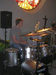 Schlagzeuger der Jugendband