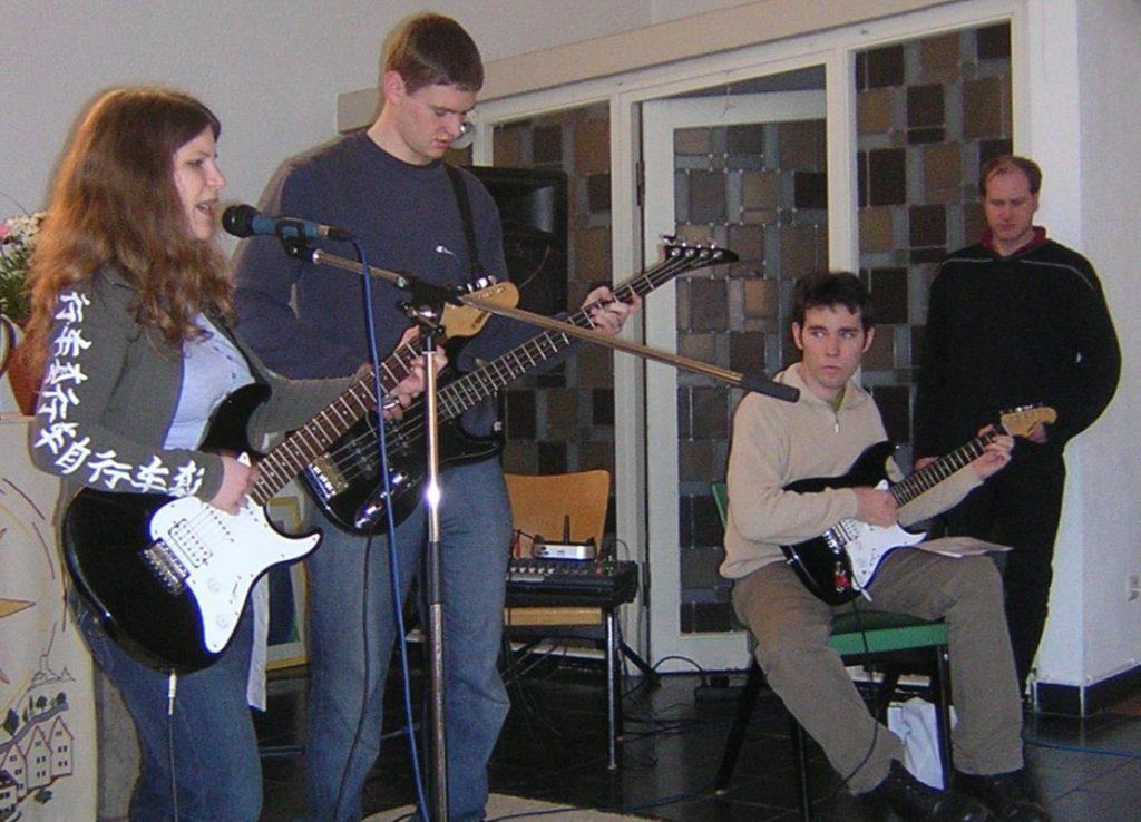 Jugendband MoDiMiDo mit Sängerin Laura Klinkert