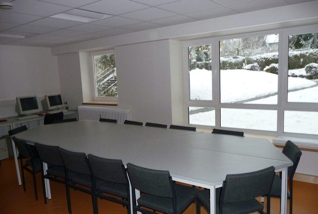 Der Sitzungsraum Lydia im Gemeindezentrum der Evangelischen Paulusgemeinde Gießen nach der Fertigstellung im Dezember 2010