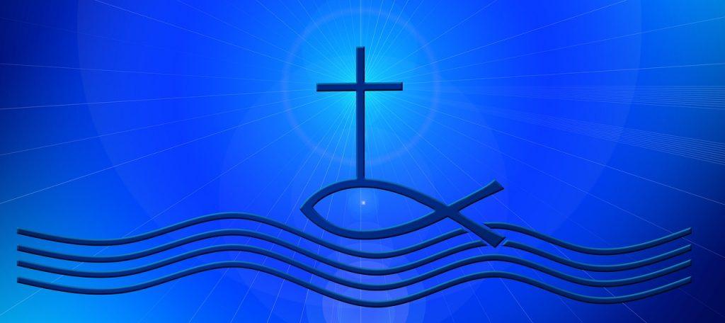 Ein Jesusfisch, auf dem ein Kreuz steht, schwimmt auf stilisierten Wellen
