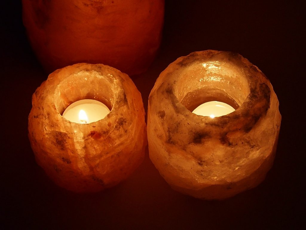 Zwei Salz-Lampen