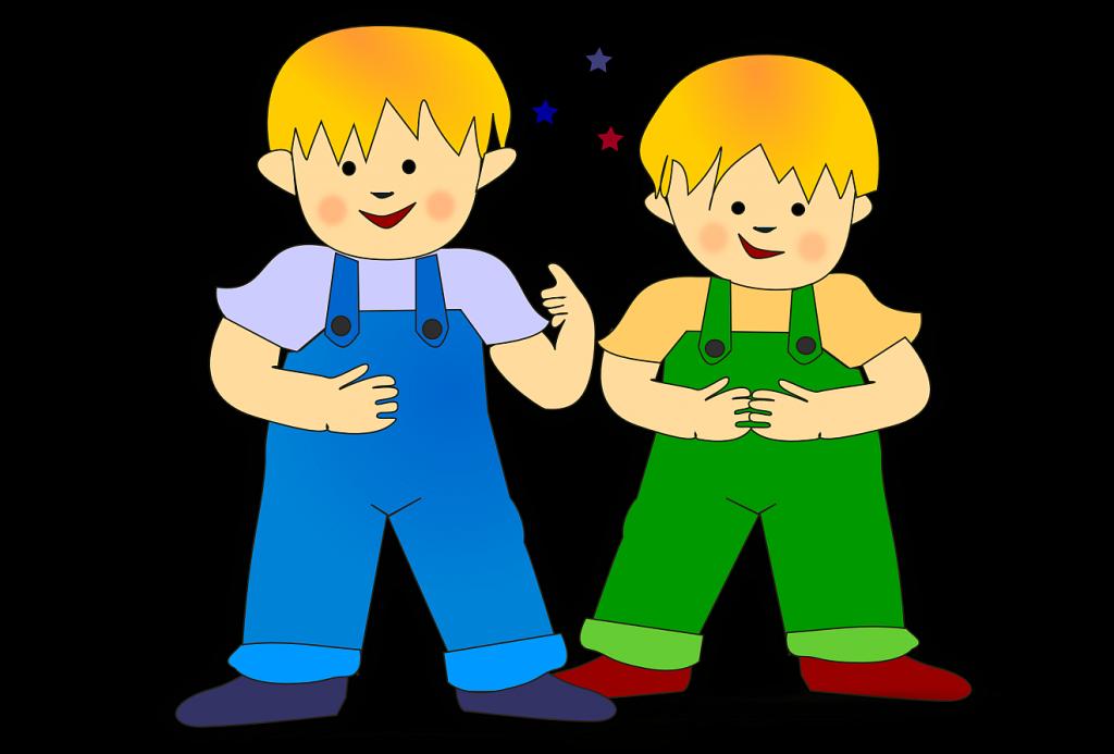 Zwei gezeichnete und bunt ausgemalte Jungen mit Latzhosen zum Gleichnis Jesu von den zwei Kindern