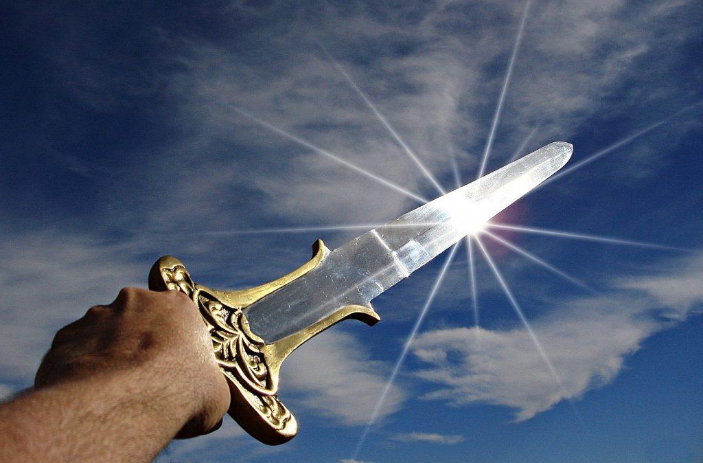Jesus bringt nicht das Schwert, um siegreich über Feinde zu triumphieren - er bringt echten, nicht faulen Frieden.